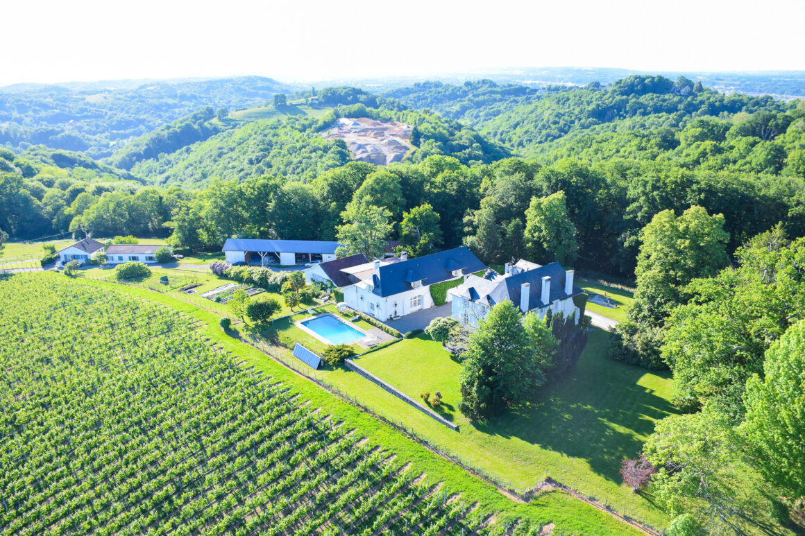 Clos Mirabel - Maison d'Hôtes de luxe avec Gîtes à côté de Pau dans les Pyrénées-Atlantiques - Adresses Exclusives